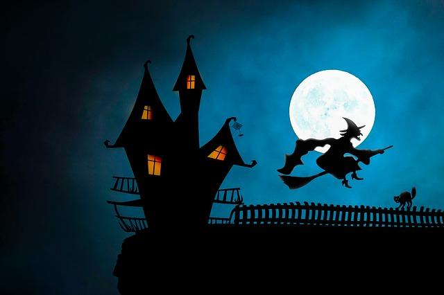 čarodějnice nad domem
